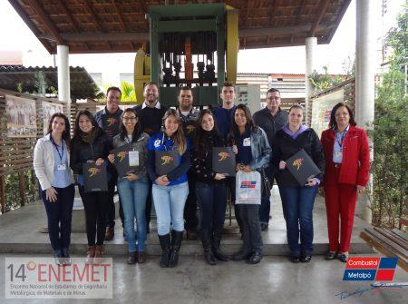 Estudantes do 14º ENEMET visitam as instalações do Grupo