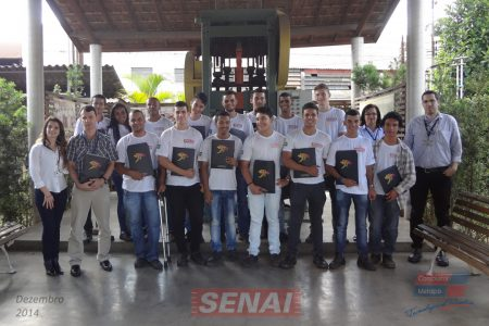 Grupo recebe os estudantes do SENAI Osasco em suas instalações